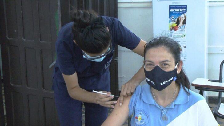Covid 19 en Chaco: este jueves continúa la inmunización a docentes