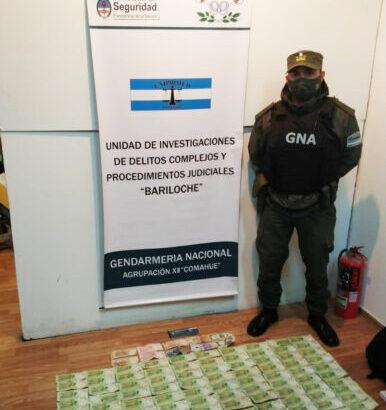 Lavado de activos: Gendarmería decomisó gran cantidad de billetes en Bariloche
