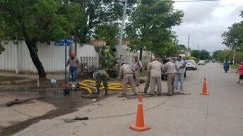 Sáenz Peña: operativo de saneamiento cloacal de Sameep