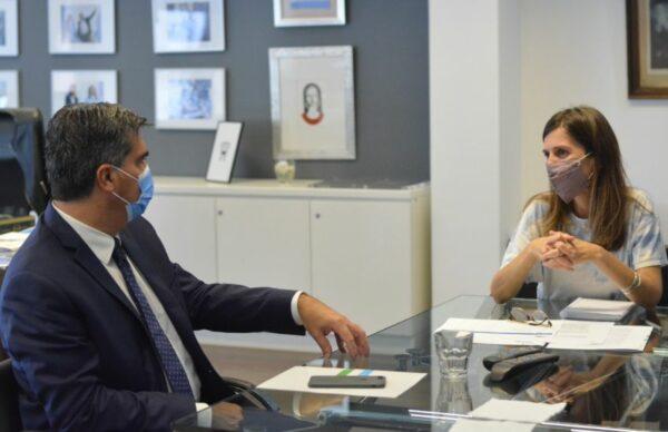 Viviendas y déficit previsional, parte de las gestiones de Capitanich en Buenos Aires