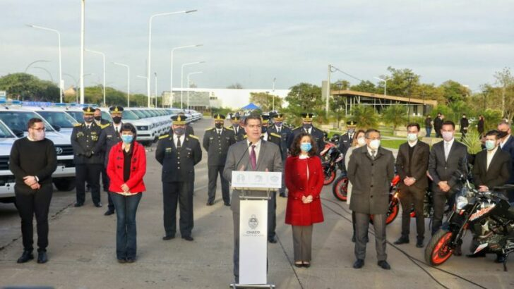 Aniversario de la Policía del Chaco: anunciaron mil ascensos, aumento salarial y entregaron 214 vehículos