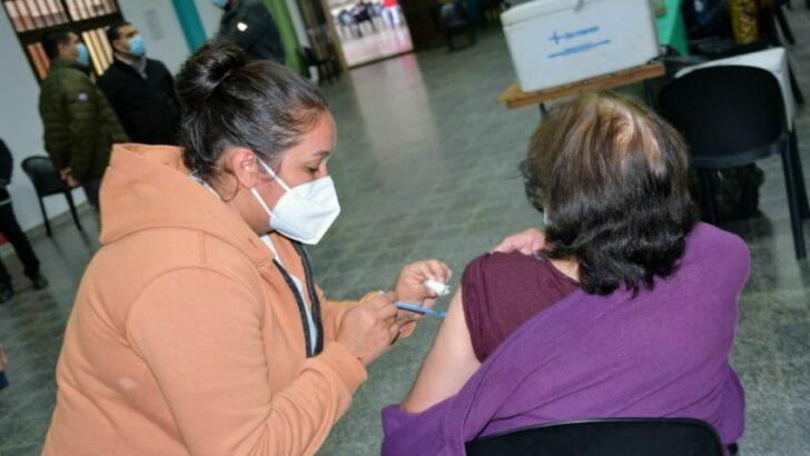 Covid 19 en Chaco: la campaña de vacunación provincial avanza en Villa Ángela y Pinedo