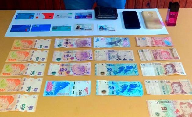 Detenido por supuesta estafa: aprovechaba el descuido y se apropiaba de tarjetas de créditos y DNI