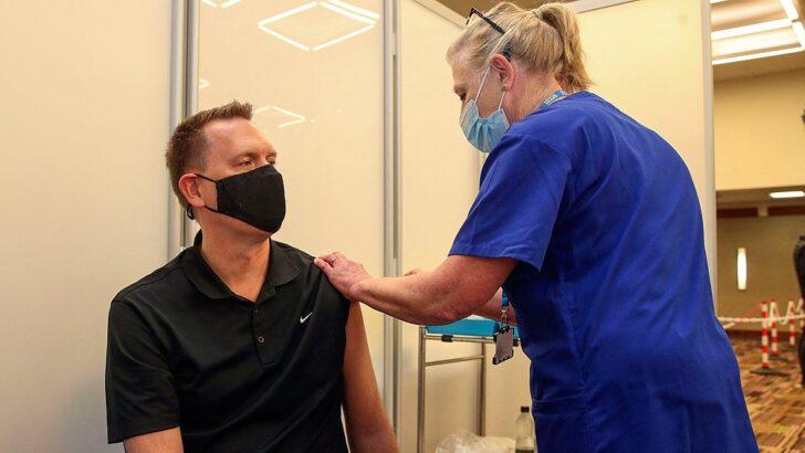 Pandemia y variante Delta: Reino Unido registró la cifra más alta de nuevos contagios en cuatro meses