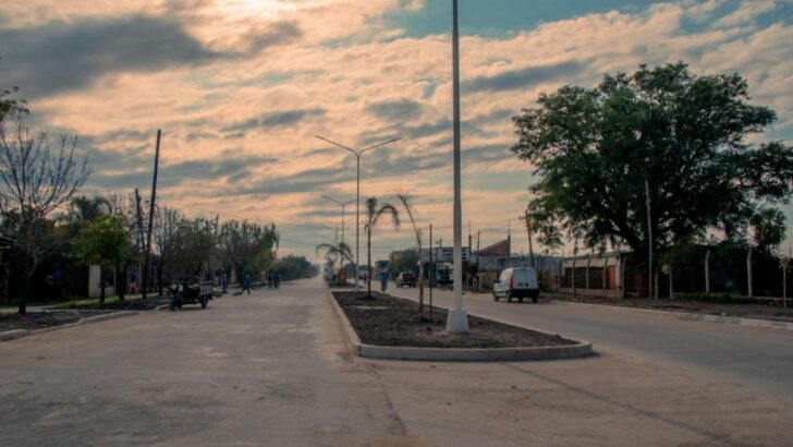 Resistencia: el Gobierno provincial avanza en la pavimentación de la avenida San Martín en la zona sur