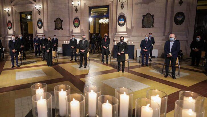 Rindieron homenaje a las víctimas de la pandemia
