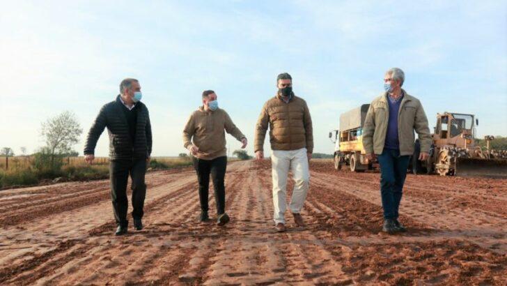 Capitanich recorrió los avances de obra en la Ruta Provincial N° 56