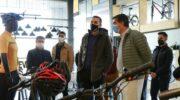 Capitanich visitó una fábrica de bicicletas que busca ampliar su planta de empleados