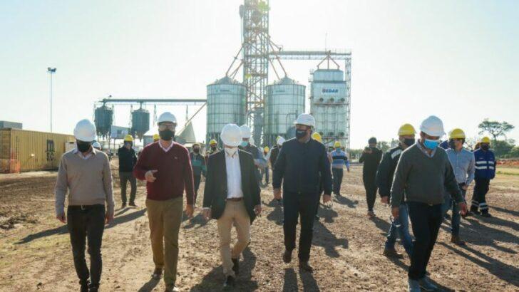 En Campo Largo, Capitanich inauguró la ampliación de la planta de cereales y un desvío ferroviario