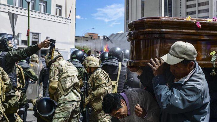 Envío de material bélico a Bolivia: encontraron parte del material represivo que envió Macri