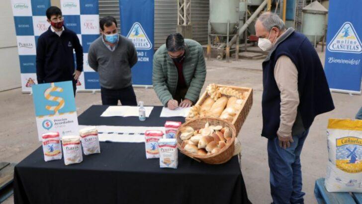 Gobierno y Panaderos renovaron por 90 días más el acuerdo para congelar el precio del pan