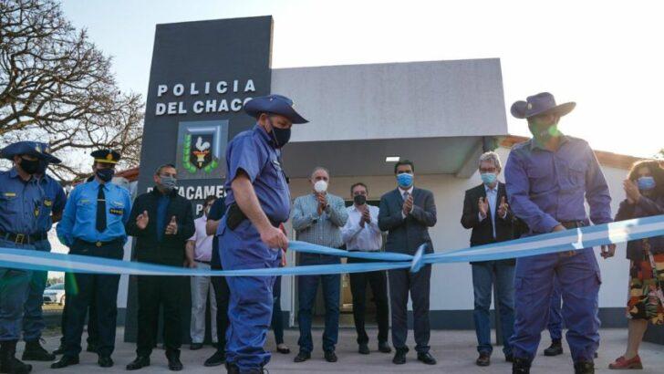 En Colonia Popular, Capitanich inauguró el centro de salud y el destacamento de policía