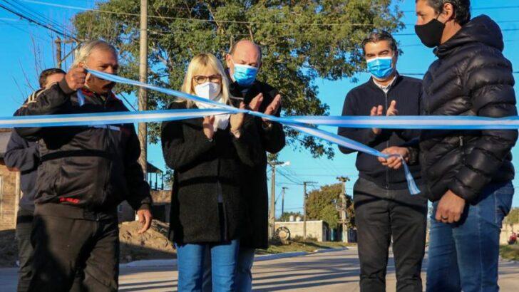 Fontana: Capitanich inauguró 8 cuadras de pavimento urbano