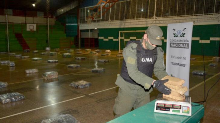 Misiones: Gendarmería secuestró más de 2.286 kilos de marihuanaen el monte