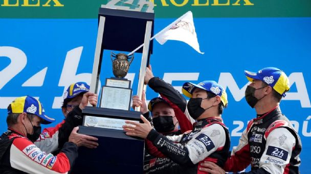 «Pechito» López ganó las 24 Horas de Le Mans