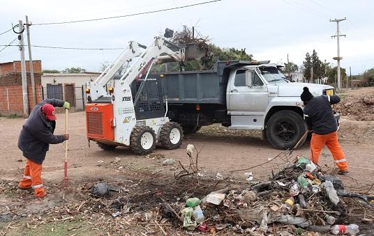 Resistencia: erradicaron un minibasural que perjudicaba a vecinos y vecinas de los barrios El Timbó y María Inmaculada