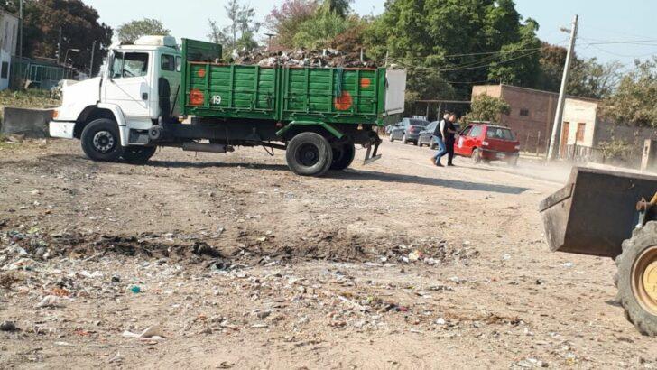 Resistencia realizó la limpieza de minibasurales en inmediaciones del Riacho Arazá