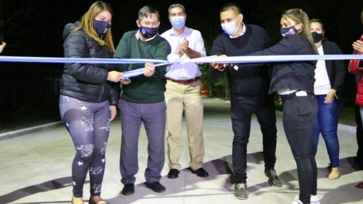 Basail: Capitanich inauguró cuadras de pavimento y un nuevo destacamento policial