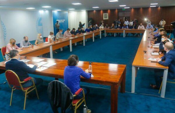 Capitanich convocó a intendentes de PJ para analizar los resultados de las PASO 2