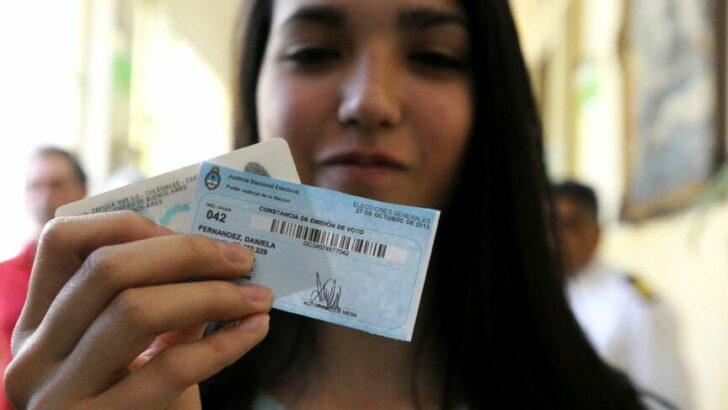 El preciado voto joven: más de 861 mil pibes y pibas de 16 y 17 años votan por primera vez en la Argentina