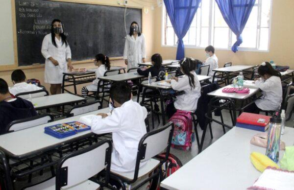 La presencialidad en las escuelas: comienza a aplicarse el esquema progresivo en cada provincia