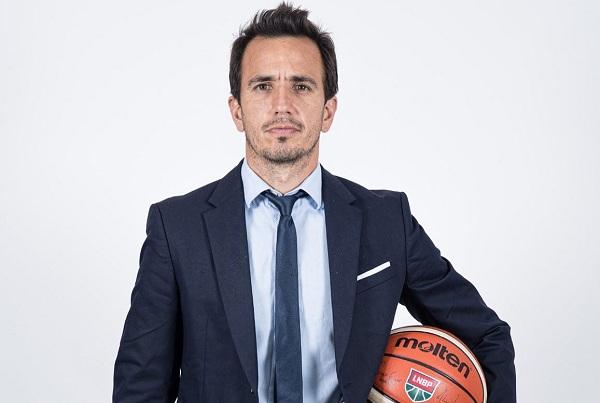 Nicolás Casalánguida es candidato a reemplazar a Sergio Hernández en el seleccionado de básquet