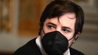 Nicolás Kreplak: «todas las muestras analizadas son Delta y todos se contagiaron de una misma persona»