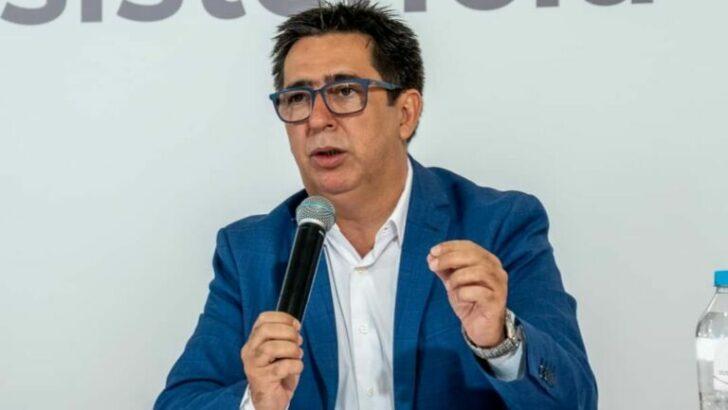 """""""No hacen nada, ni dejan hacer"""": Gustavo disparó contra Zdero, porque no quiere aprobar la transferencia de espacios públicos"""