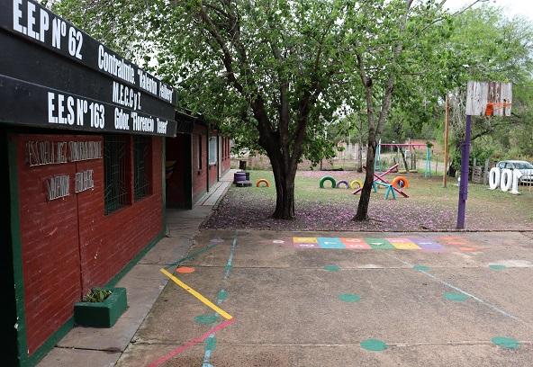 Villa Fabiana Norte: el Municipio de Resistencia acercó el programa Rayuela Saludable a la Escuela N° 62