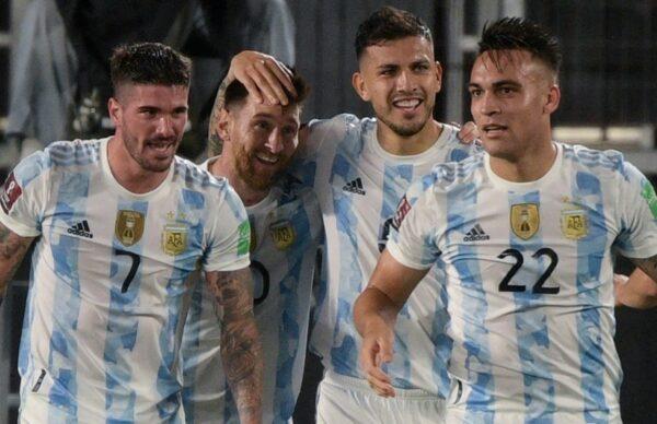 Argentina goleó a Uruguay y está cada vez más cerca de Qatar 7
