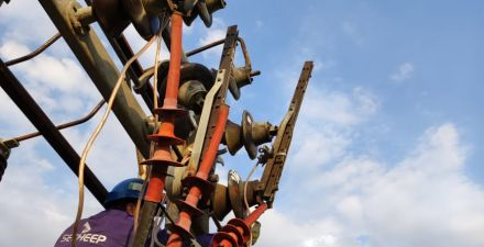 Intenso trabajo de Secheep tras la tormenta que afectó el sistema eléctrico provincial