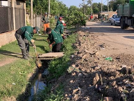 Resistencia: el Municipio realizó trabajos de saneamiento integral en los barrios Volver a Empezar y Santa Lucía
