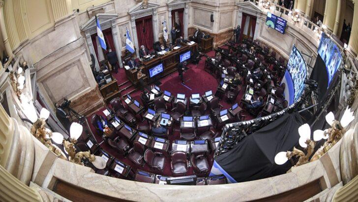 Senadores vuelven a sesionar este miércoles de manera presencial